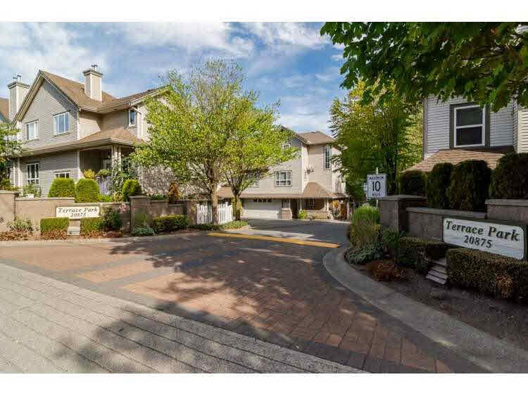 """Photo 2: Photos: 2 20875 88 Avenue in Langley: Walnut Grove Townhouse for sale in """"TERRACE PARK"""" : MLS®# F1450324"""