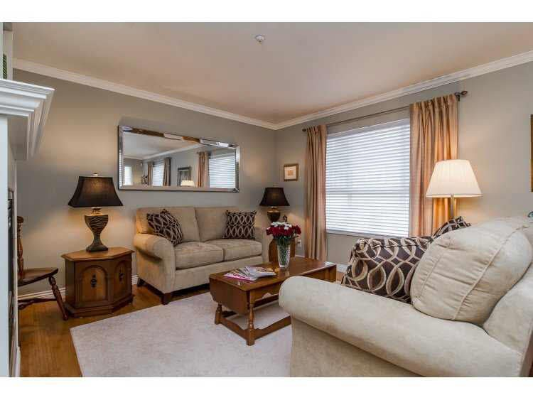 """Photo 4: Photos: 2 20875 88 Avenue in Langley: Walnut Grove Townhouse for sale in """"TERRACE PARK"""" : MLS®# F1450324"""