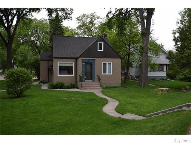 Main Photo: 272 Scotia Street in Winnipeg: West Kildonan / Garden City Residential for sale (North West Winnipeg)  : MLS®# 1613575
