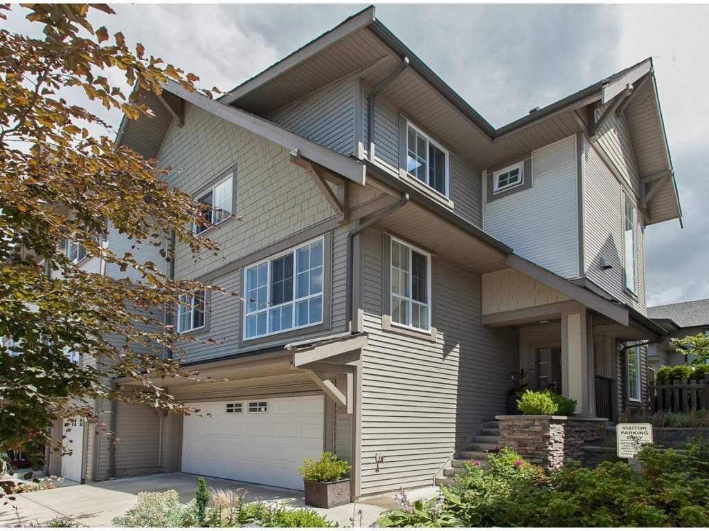 "Main Photo: 50 2501 161A Street in Surrey: Grandview Surrey Townhouse for sale in ""HIGHLAND PARK"" (South Surrey White Rock)  : MLS®# R2087556"