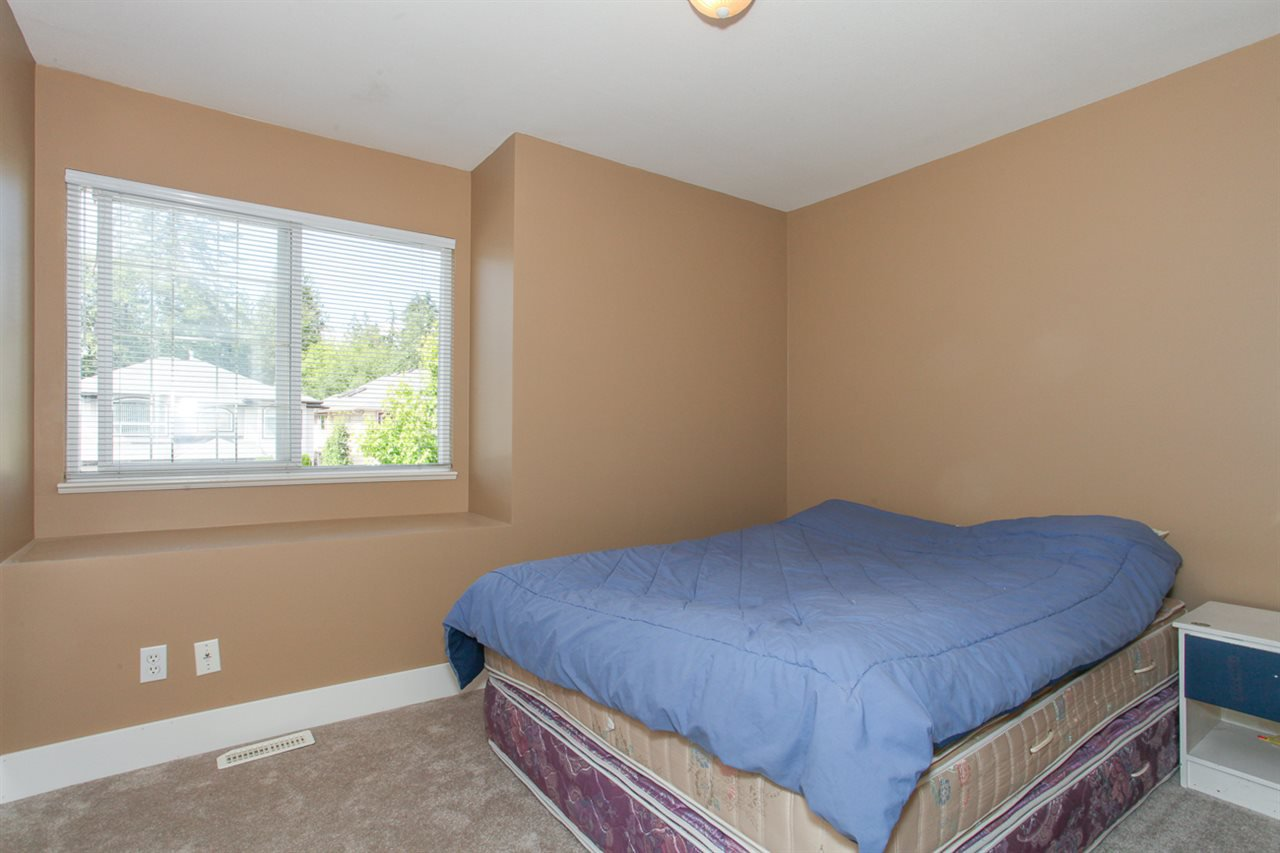 Photo 10: Photos: 23840 114A Avenue in Maple Ridge: Cottonwood MR House for sale : MLS®# R2090697
