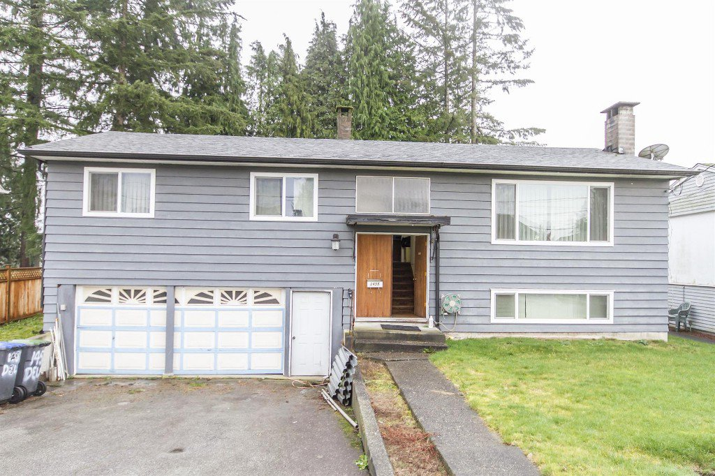 "Main Photo: 1455 DELIA Drive in Port Coquitlam: Mary Hill House for sale in ""MARY HILL"" : MLS®# R2125883"