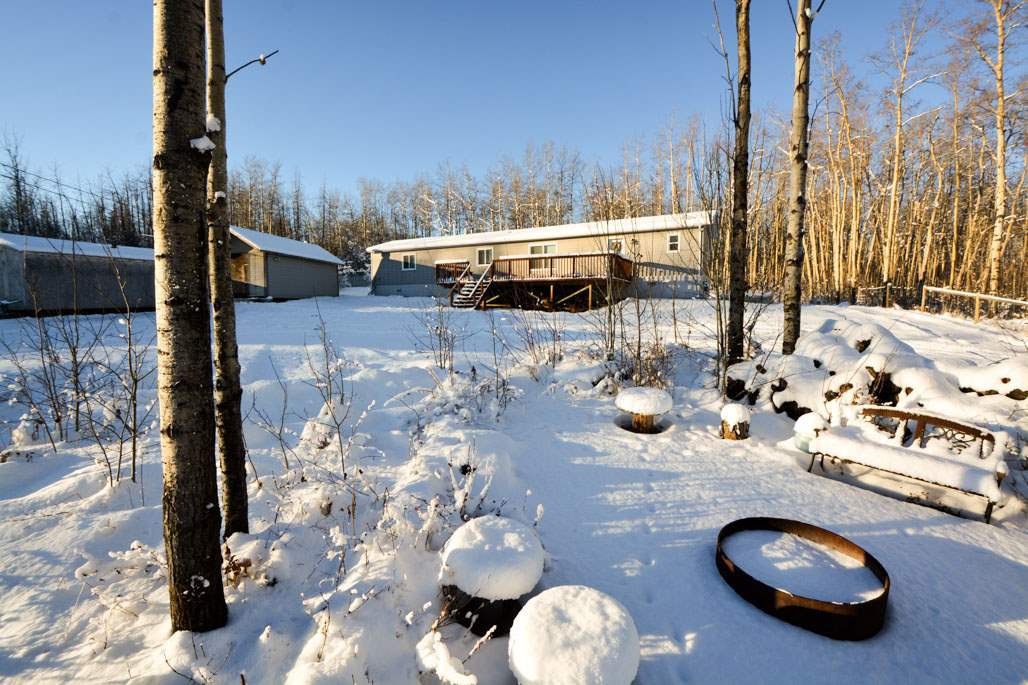 Main Photo: 13326 HIGHLEVEL Crescent: Charlie Lake Manufactured Home for sale (Fort St. John (Zone 60))  : MLS®# R2126238