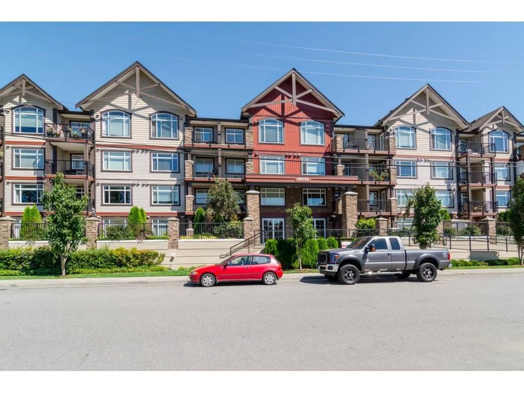 "Main Photo: 403 19939 55A Avenue in Langley: Langley City Condo for sale in ""Madison Crossing"" : MLS®# R2139259"