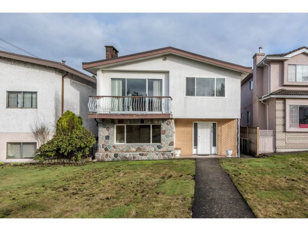 Main Photo: 2709 GRAVELEY Street in Vancouver: Renfrew VE House for sale (Vancouver East)  : MLS®# R2140738