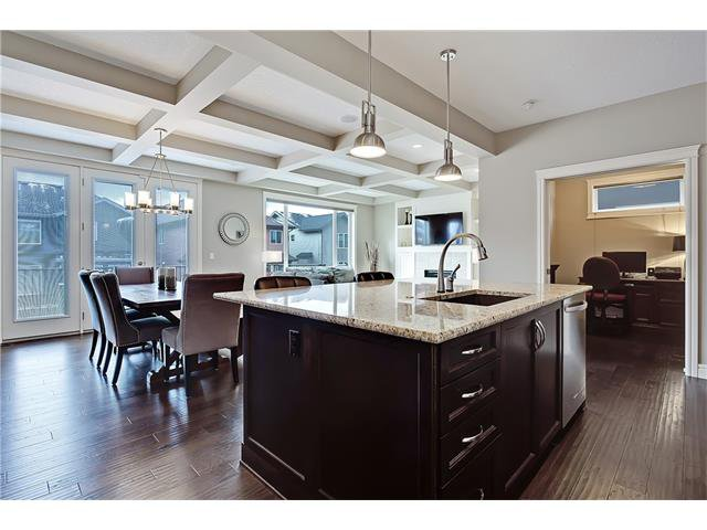 Photo 3: Photos: 291 ASPEN ACRES Manor SW in Calgary: Aspen Woods House for sale : MLS®# C4108083