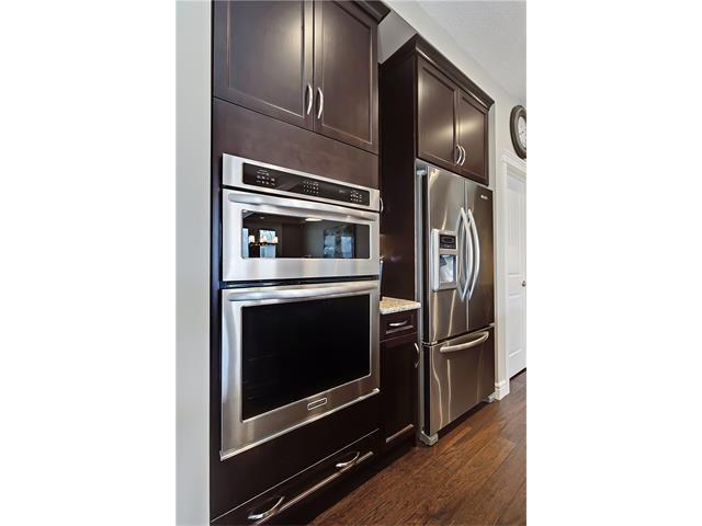 Photo 8: Photos: 291 ASPEN ACRES Manor SW in Calgary: Aspen Woods House for sale : MLS®# C4108083