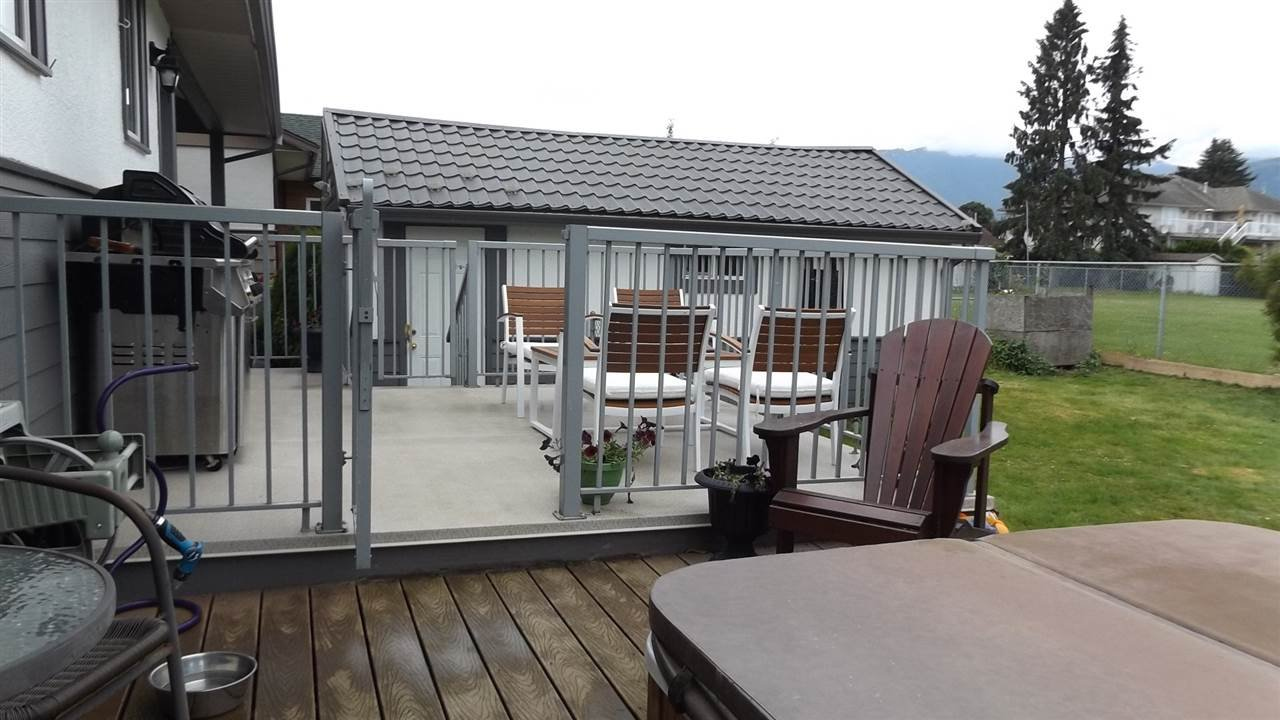 Photo 4: Photos: 46615 FRASER Avenue in Chilliwack: Chilliwack E Young-Yale House for sale : MLS®# R2178819