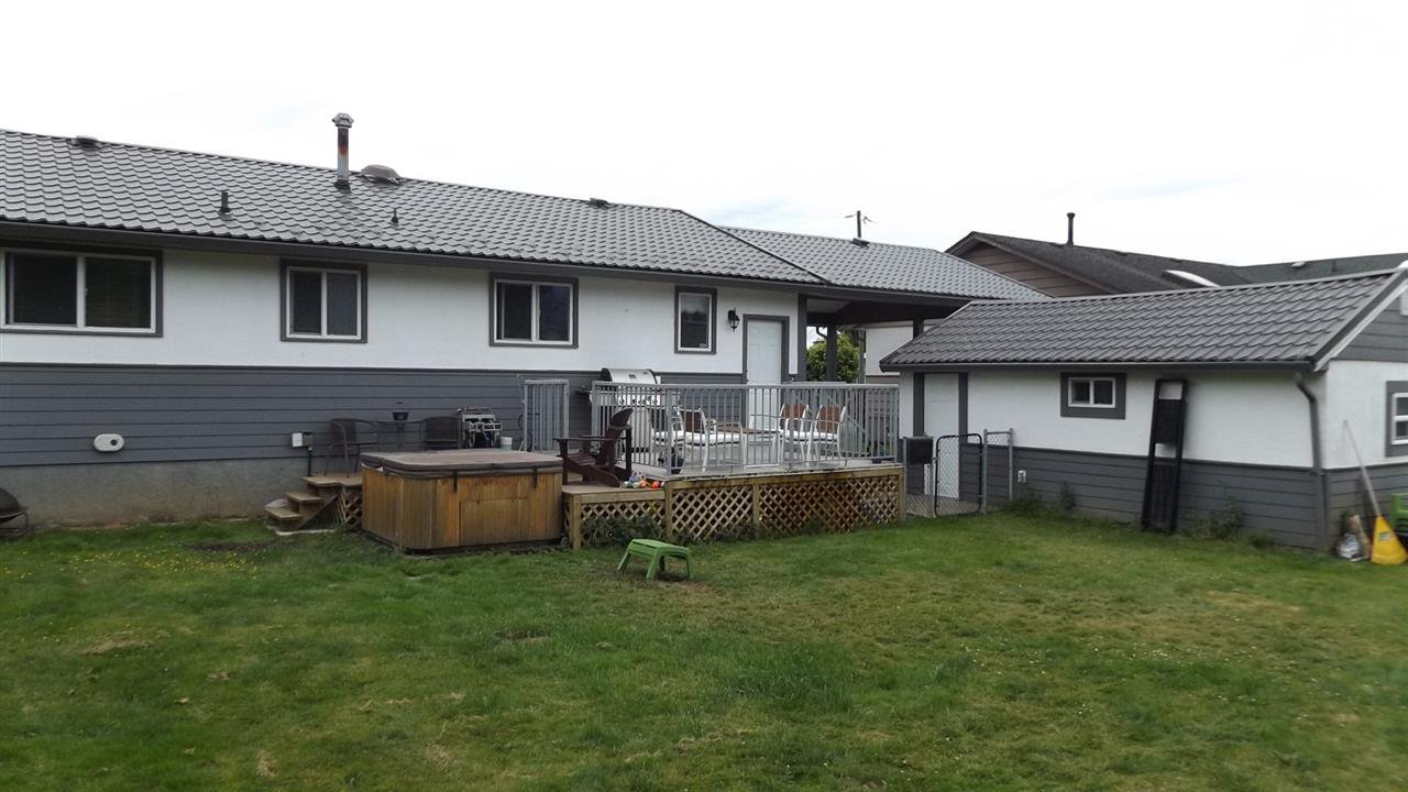 Photo 9: Photos: 46615 FRASER Avenue in Chilliwack: Chilliwack E Young-Yale House for sale : MLS®# R2178819