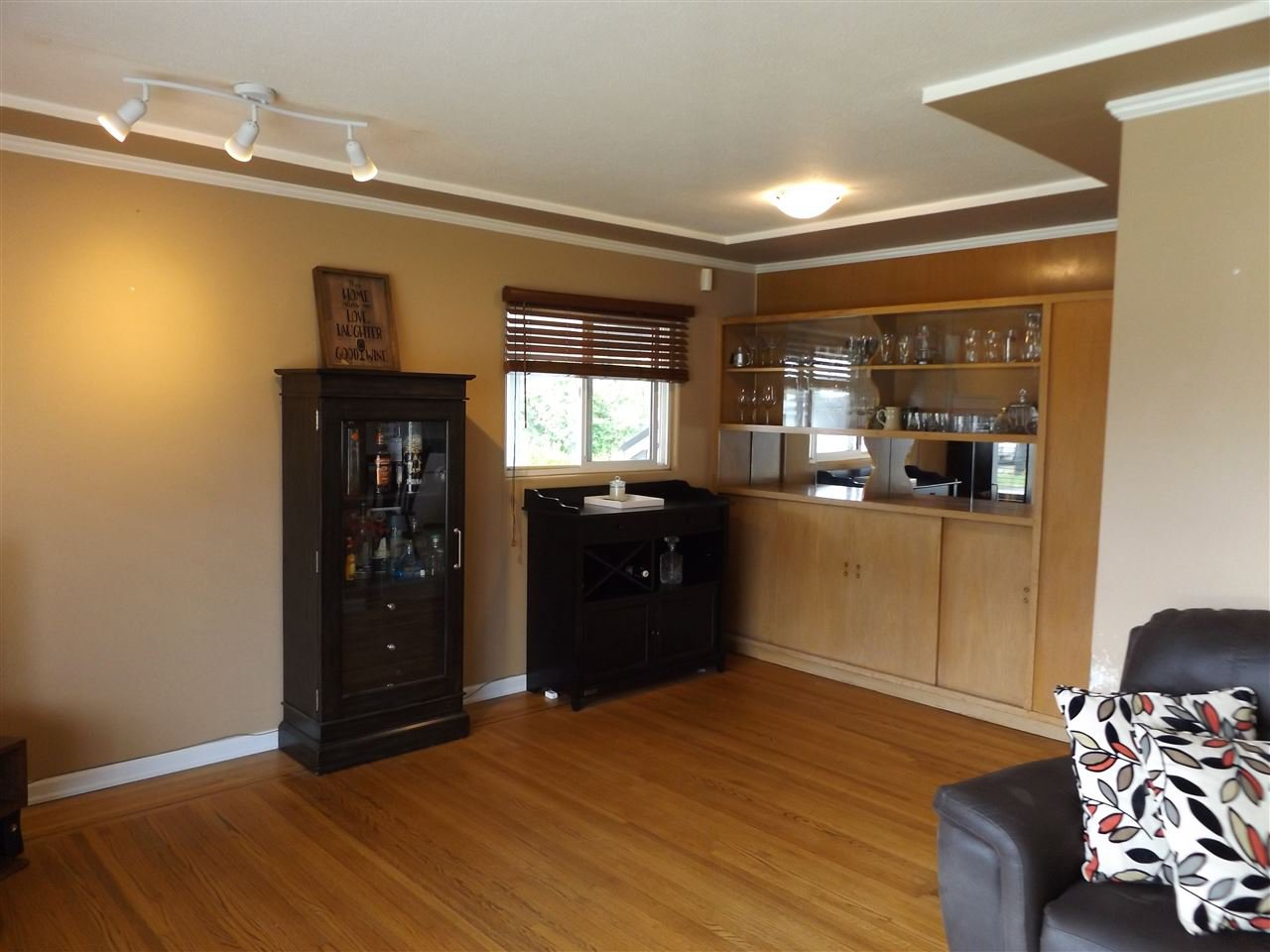 Photo 11: Photos: 46615 FRASER Avenue in Chilliwack: Chilliwack E Young-Yale House for sale : MLS®# R2178819