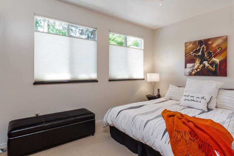 Photo 13: Photos: 12662 28 Avenue in Surrey: Crescent Bch Ocean Pk. House for sale (South Surrey White Rock)  : MLS®# R2185973