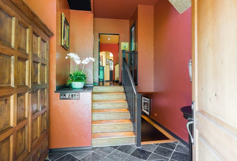 Photo 2: Photos: 12662 28 Avenue in Surrey: Crescent Bch Ocean Pk. House for sale (South Surrey White Rock)  : MLS®# R2185973