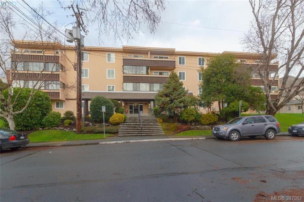 Main Photo: 302 1012 Pakington St in VICTORIA: Vi Fairfield West Condo for sale (Victoria)  : MLS®# 777772