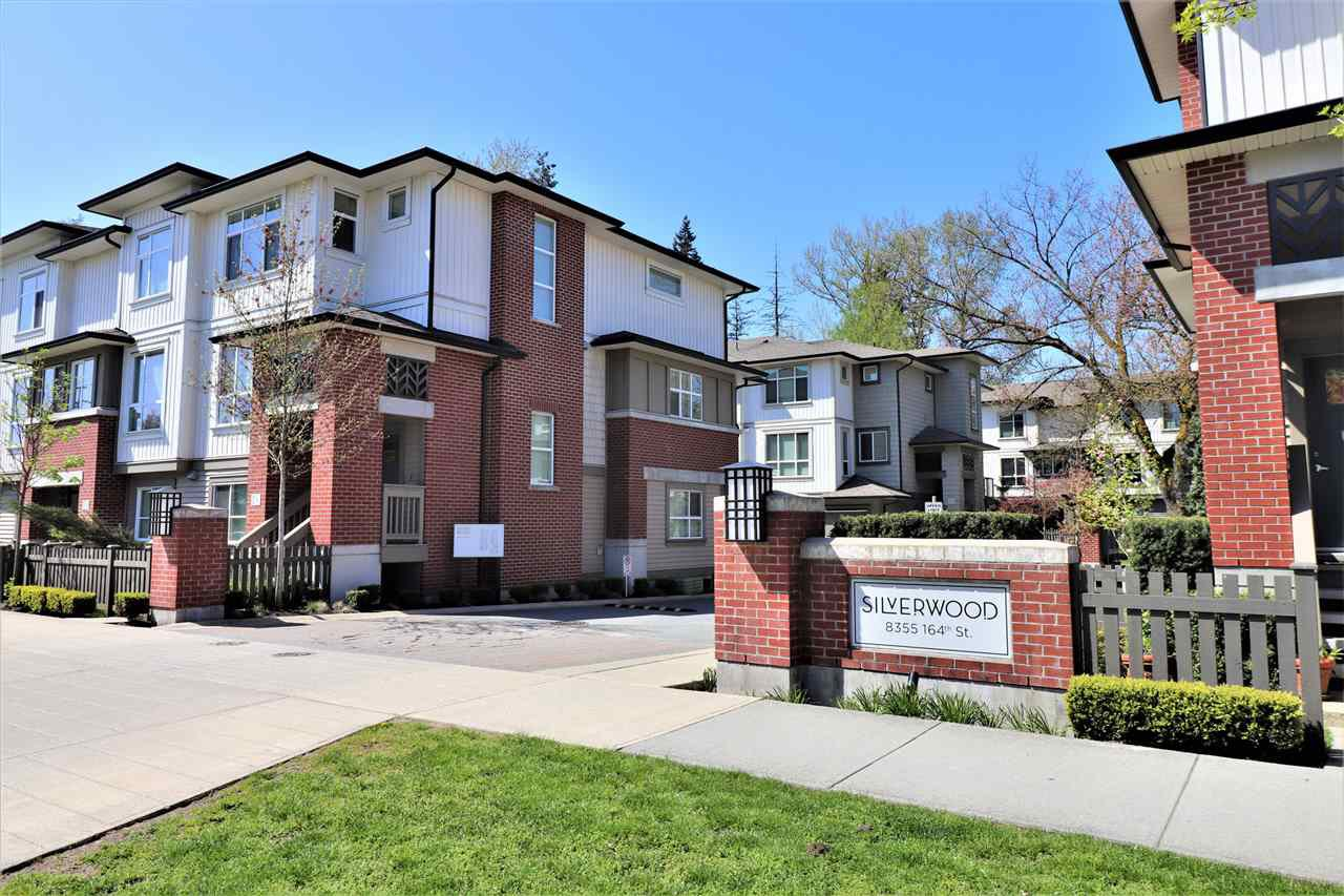"Main Photo: 56 8355 164 Street in Surrey: Fleetwood Tynehead Townhouse for sale in ""SILVERWOOD"" : MLS®# R2286269"