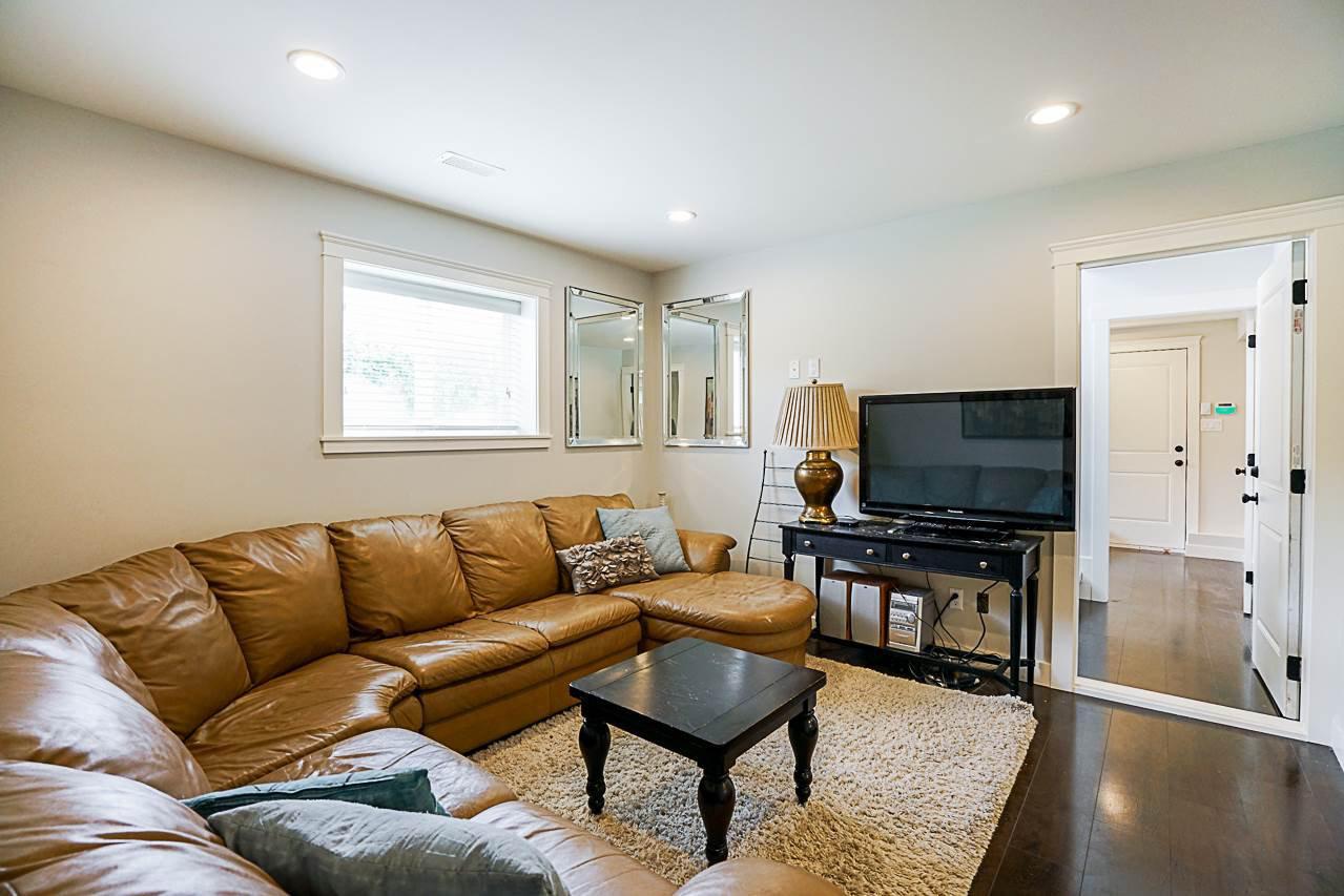 Photo 14: Photos: 1185 HABGOOD Street: White Rock House for sale (South Surrey White Rock)  : MLS®# R2317977
