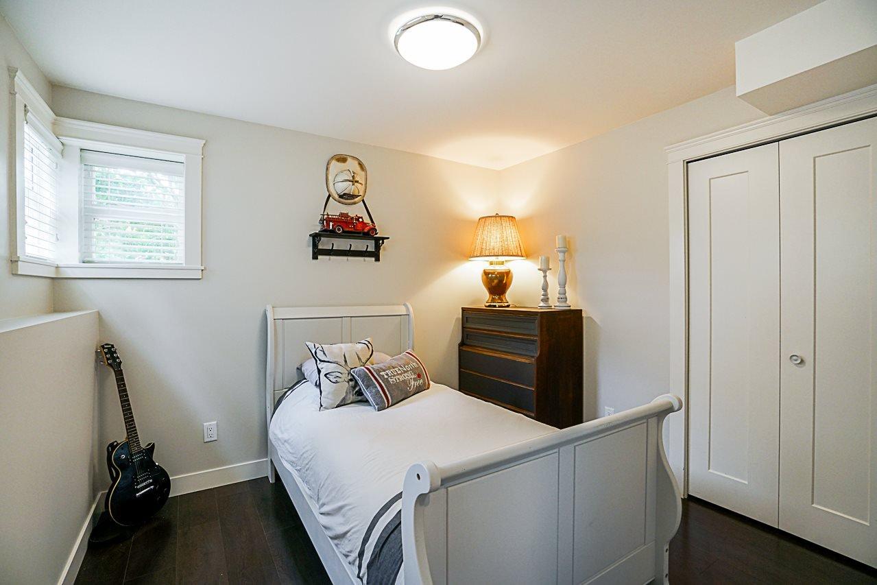 Photo 17: Photos: 1185 HABGOOD Street: White Rock House for sale (South Surrey White Rock)  : MLS®# R2317977
