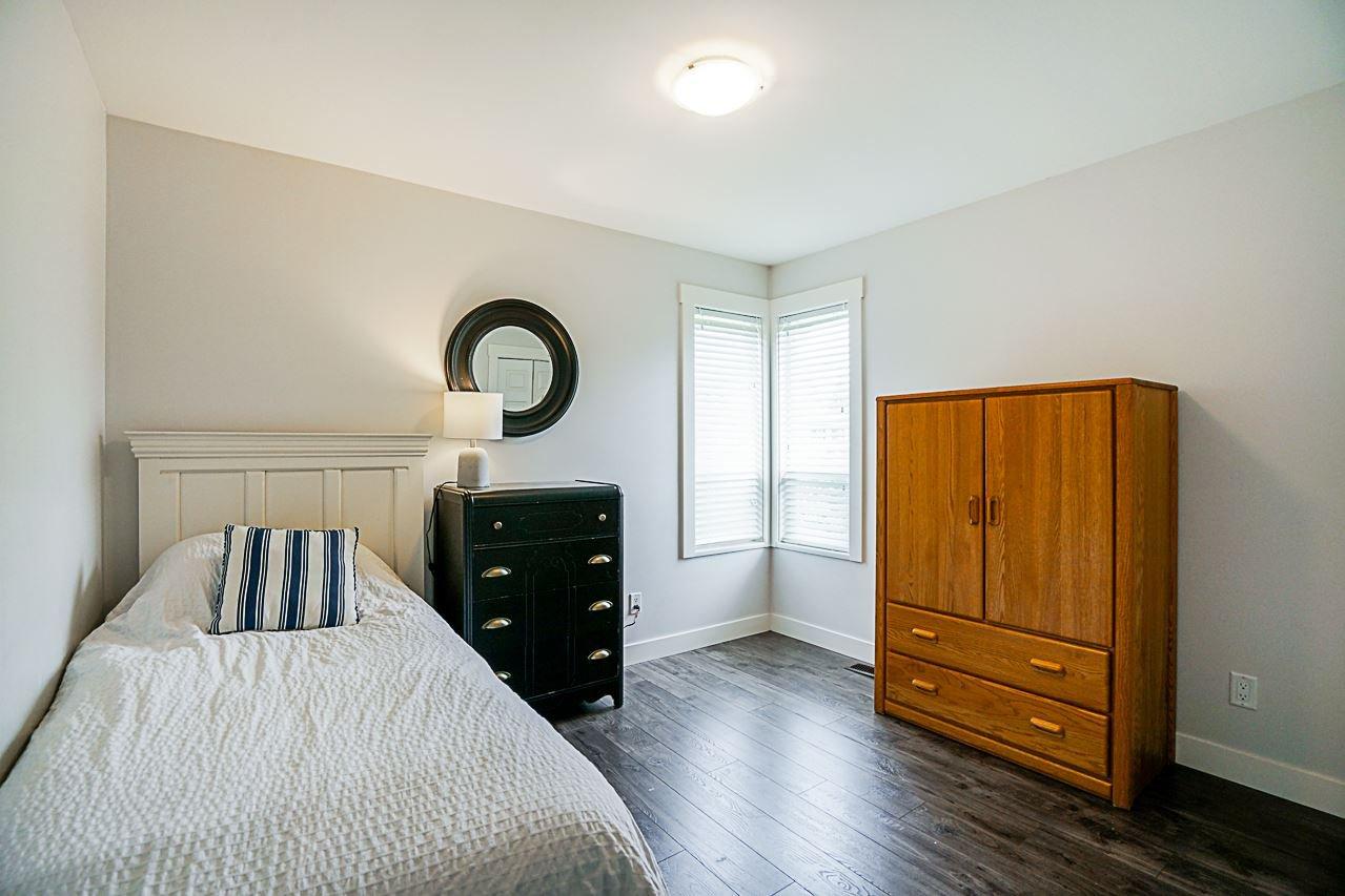Photo 13: Photos: 1185 HABGOOD Street: White Rock House for sale (South Surrey White Rock)  : MLS®# R2317977