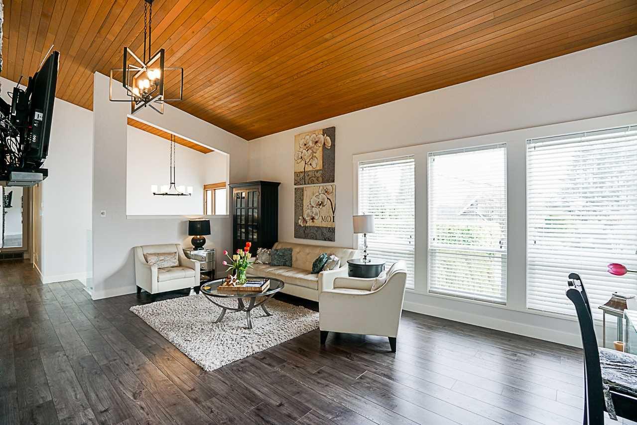 Photo 4: Photos: 1185 HABGOOD Street: White Rock House for sale (South Surrey White Rock)  : MLS®# R2317977