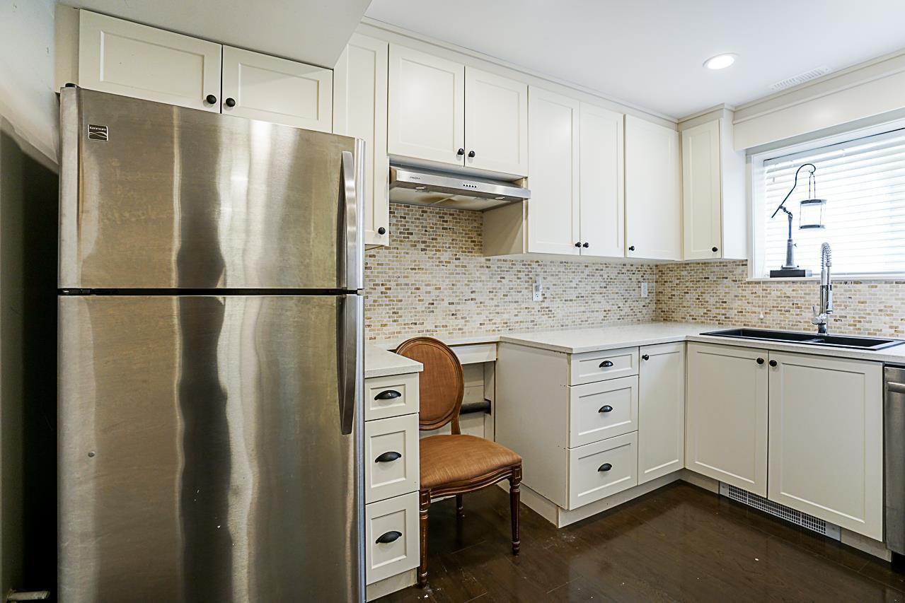 Photo 16: Photos: 1185 HABGOOD Street: White Rock House for sale (South Surrey White Rock)  : MLS®# R2317977