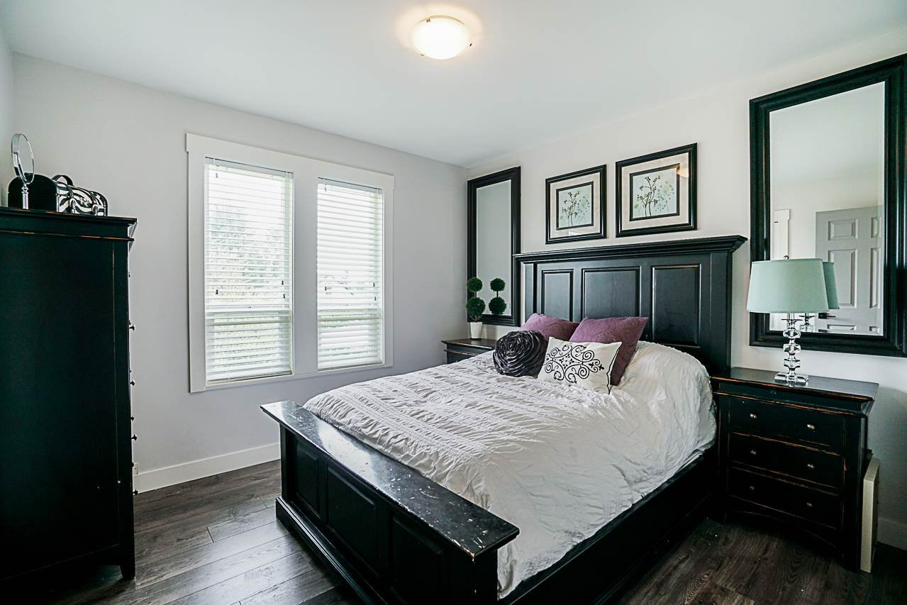 Photo 12: Photos: 1185 HABGOOD Street: White Rock House for sale (South Surrey White Rock)  : MLS®# R2317977