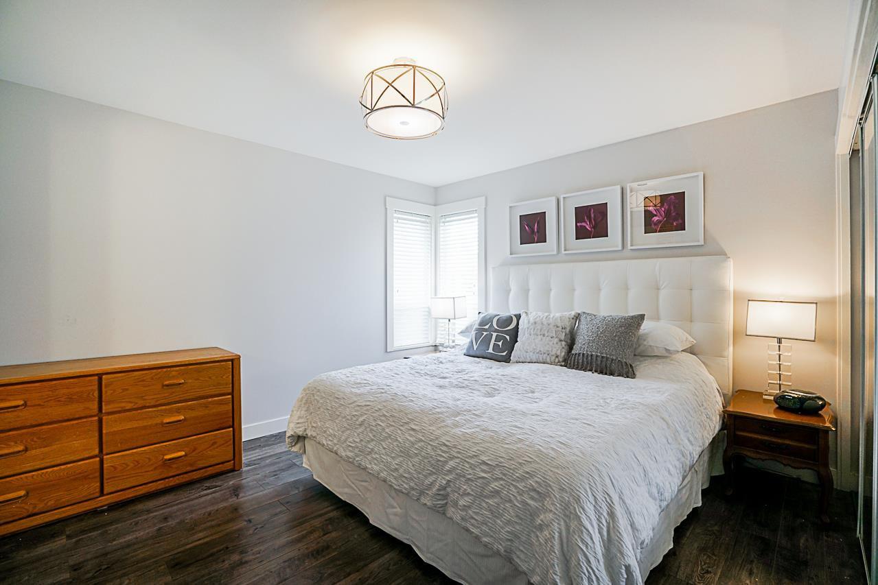 Photo 11: Photos: 1185 HABGOOD Street: White Rock House for sale (South Surrey White Rock)  : MLS®# R2317977