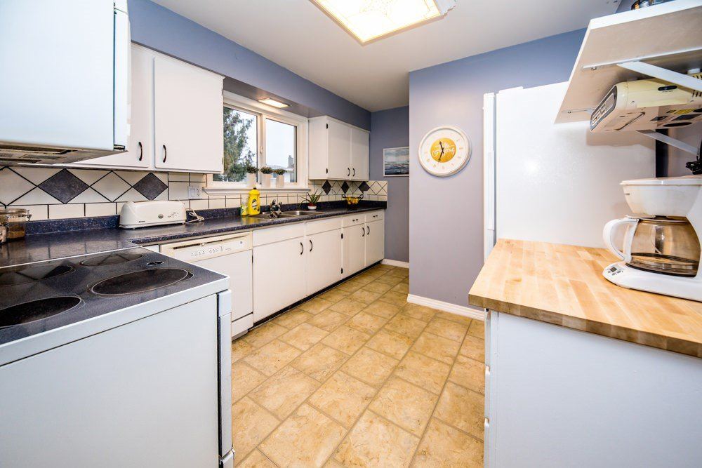 Photo 5: Photos: 32465 MARSHALL Road in Abbotsford: Abbotsford West House for sale : MLS®# R2327473