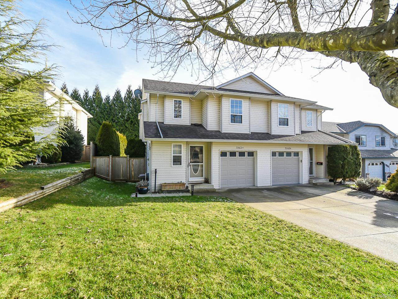 Main Photo: A 2143 Mission Rd in COURTENAY: CV Courtenay East Half Duplex for sale (Comox Valley)  : MLS®# 805866