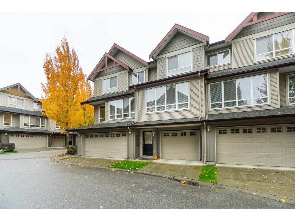"Main Photo: 42 16789 60 Avenue in Surrey: Cloverdale BC Townhouse for sale in ""Laredo"" (Cloverdale)  : MLS®# R2414492"