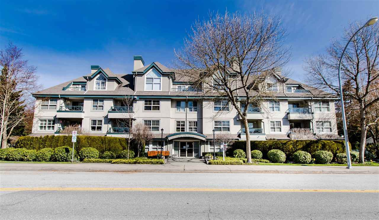 "Main Photo: 305 15325 17 Avenue in Surrey: King George Corridor Condo for sale in ""Berkshire"" (South Surrey White Rock)  : MLS®# R2450143"