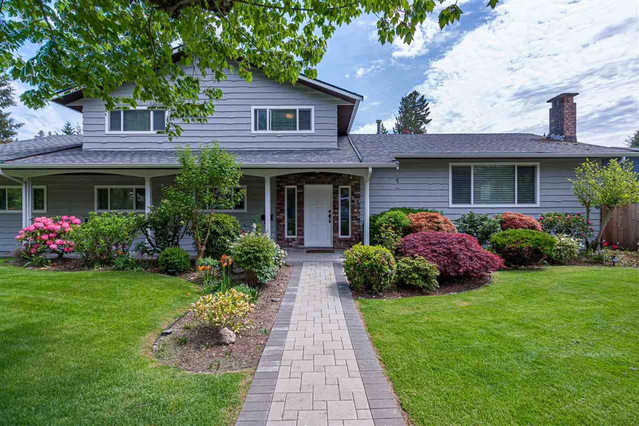 Main Photo: 3240 WILLIAM Avenue in North Vancouver: Lynn Valley House for sale : MLS®# R2455746