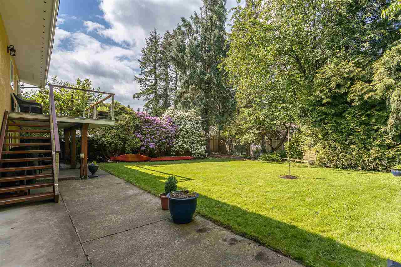 Photo 32: Photos: 34305 LARCH Street in Abbotsford: Abbotsford East House for sale : MLS®# R2457312
