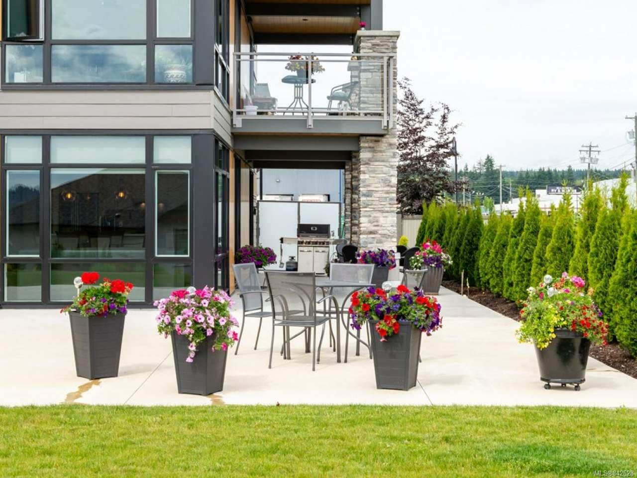 Photo 30: Photos: 101 2777 North Beach Dr in CAMPBELL RIVER: CR Campbell River North Condo Apartment for sale (Campbell River)  : MLS®# 842628