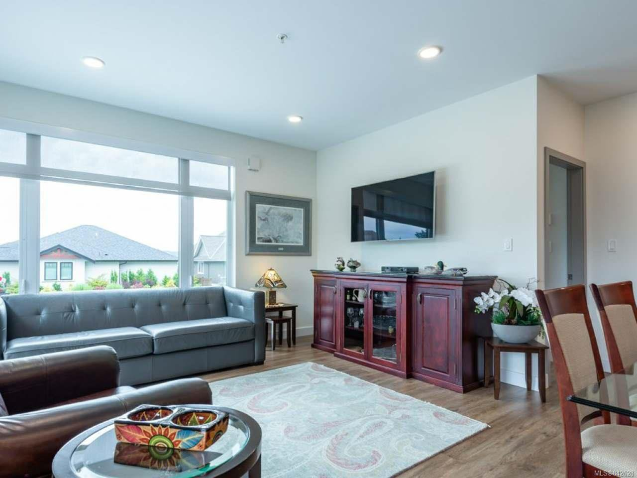 Photo 13: Photos: 101 2777 North Beach Dr in CAMPBELL RIVER: CR Campbell River North Condo Apartment for sale (Campbell River)  : MLS®# 842628