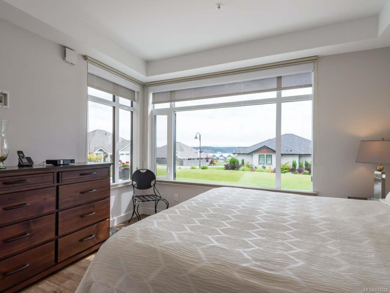 Photo 6: Photos: 101 2777 North Beach Dr in CAMPBELL RIVER: CR Campbell River North Condo Apartment for sale (Campbell River)  : MLS®# 842628