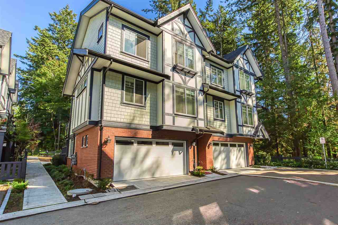 """Main Photo: 52 11188 72 Avenue in Delta: Sunshine Hills Woods Townhouse for sale in """"CHELSEA GATE - Sunshine Heights"""" (N. Delta)  : MLS®# R2483104"""