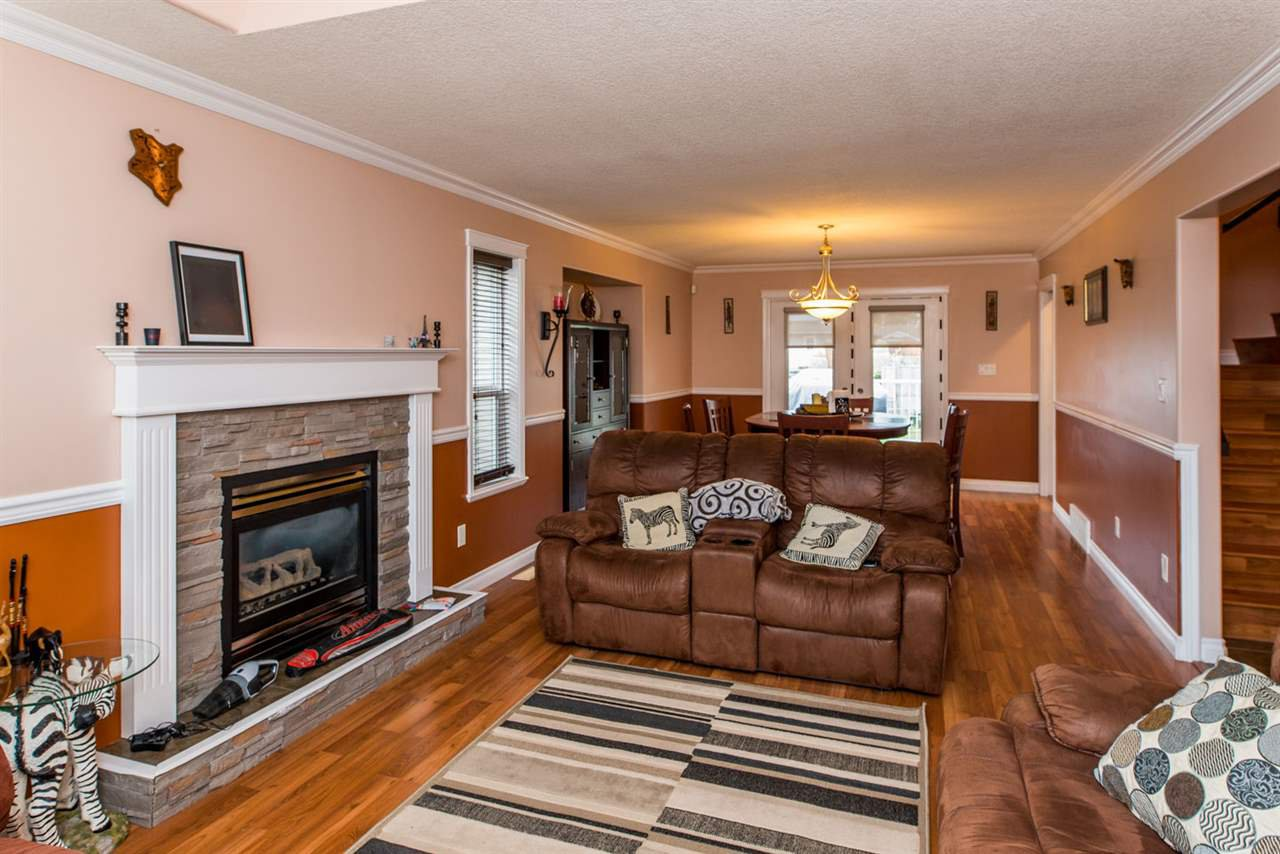 """Photo 4: Photos: 6898 EUGENE Road in Prince George: Lafreniere House for sale in """"EUGENE RD / WESTGATE"""" (PG City South (Zone 74))  : MLS®# R2514464"""