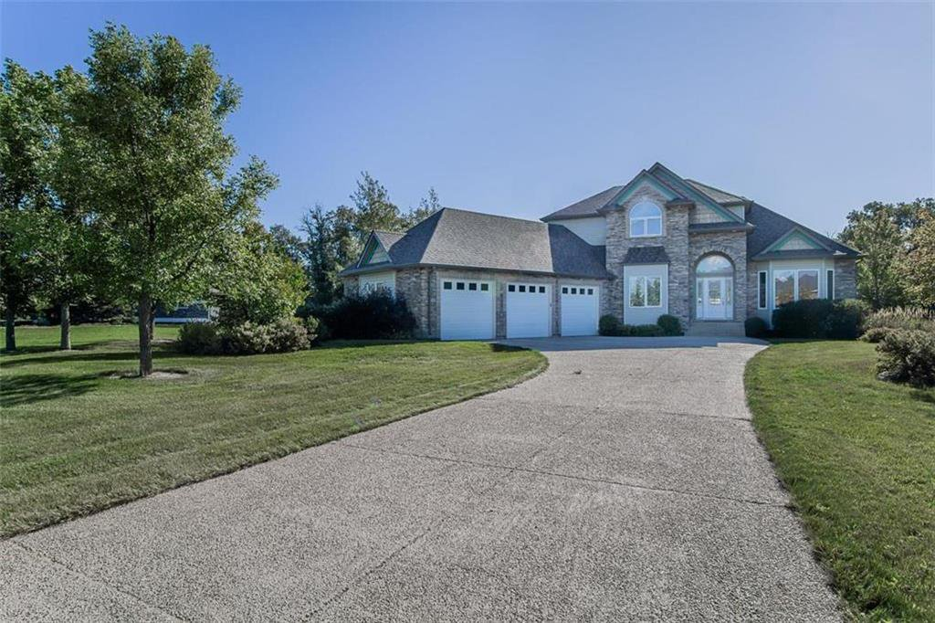 Main Photo: 25 Medinah Drive in La Salle: RM of MacDonald Residential for sale (R08)  : MLS®# 202027982