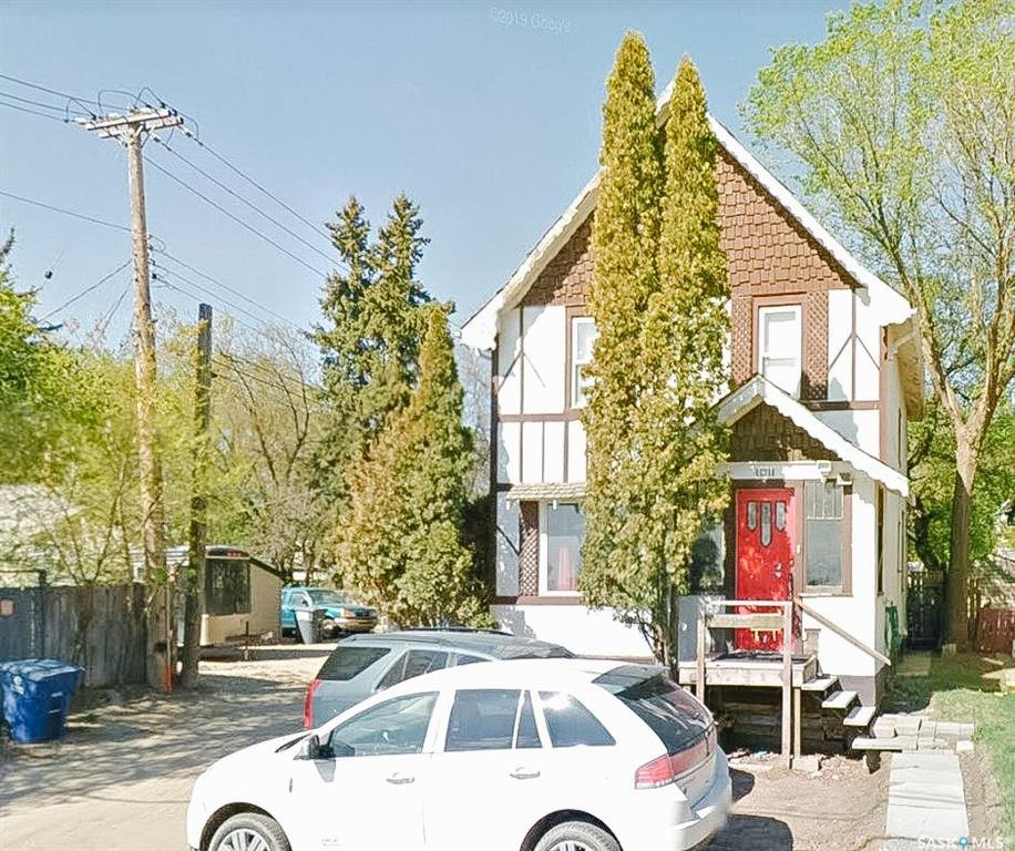 Main Photo: 1011 Idylwyld Drive North in Saskatoon: Caswell Hill Residential for sale : MLS®# SK834368