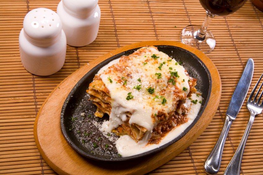 Main Photo: Calgary Italian Restaurant For Sale | Listing #201 | robcampbell.ca