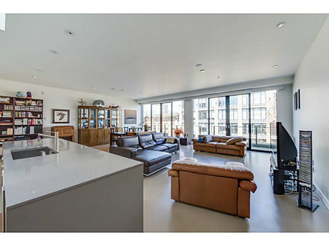 "Main Photo: 604 12 WATER Street in Vancouver: Downtown VW Condo for sale in ""WATER STREET GARAGE"" (Vancouver West)  : MLS®# V1119497"