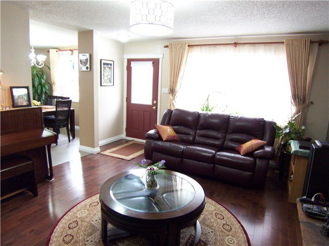 Photo 2: Photos: 2371 SHEARER Crescent in Prince George: Pinewood House for sale (PG City West (Zone 71))  : MLS®# N247619