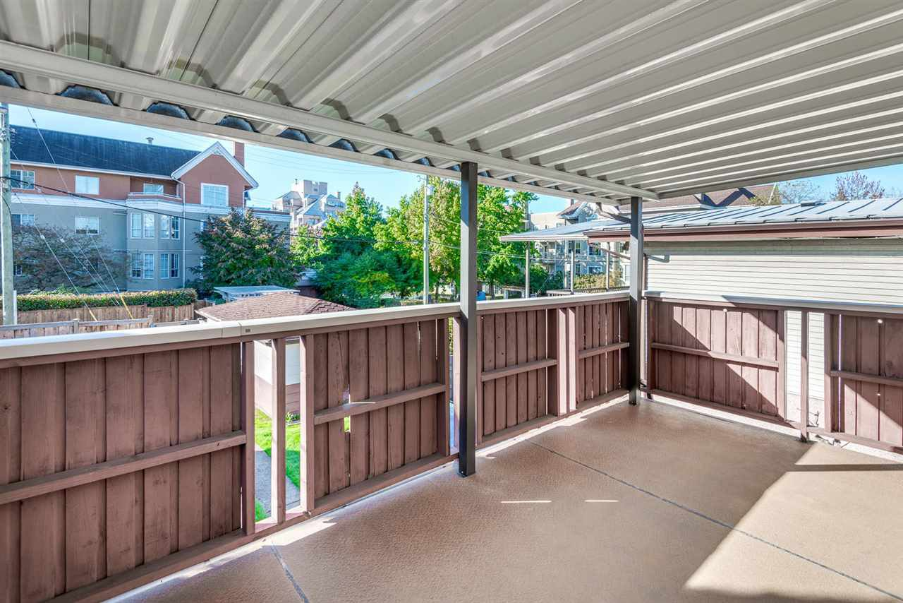 Photo 16: Photos: 2512 E 8TH Avenue in Vancouver: Renfrew VE House for sale (Vancouver East)  : MLS®# R2014128