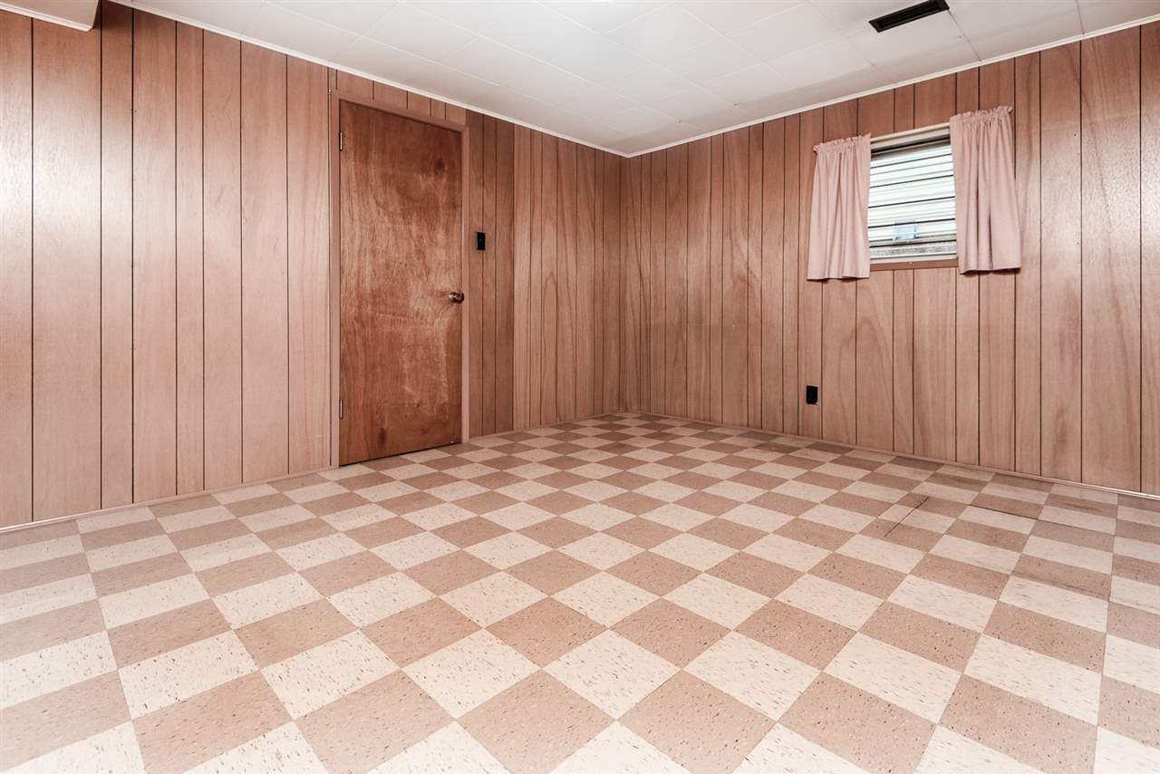 Photo 11: Photos: 2512 E 8TH Avenue in Vancouver: Renfrew VE House for sale (Vancouver East)  : MLS®# R2014128
