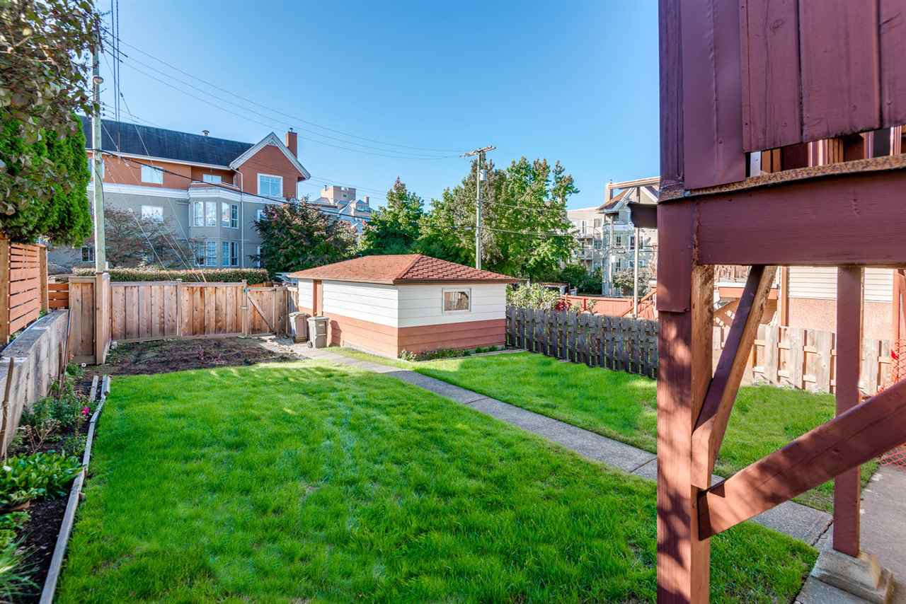 Photo 17: Photos: 2512 E 8TH Avenue in Vancouver: Renfrew VE House for sale (Vancouver East)  : MLS®# R2014128