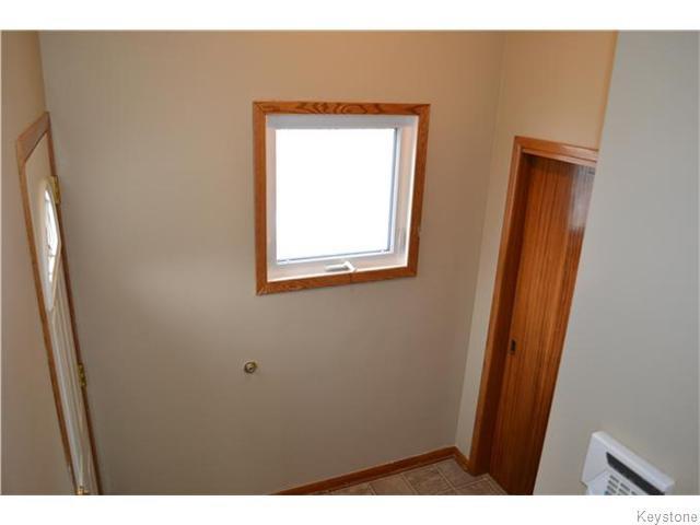Photo 12: Photos: 585 Hartford Avenue in Winnipeg: West Kildonan / Garden City Residential for sale (North West Winnipeg)  : MLS®# 1606444
