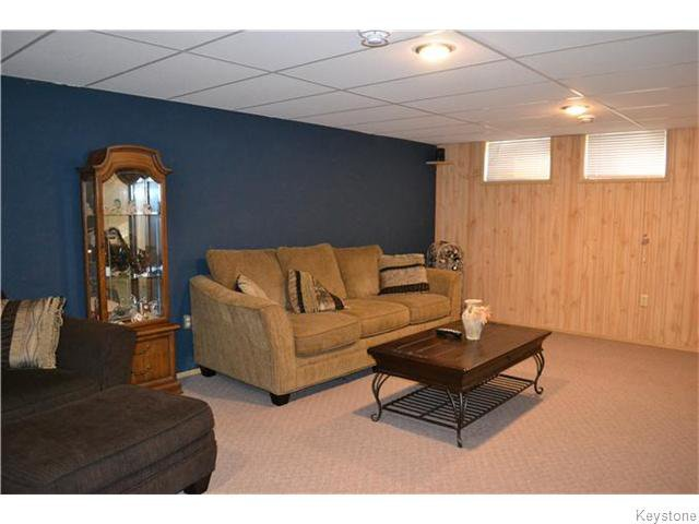 Photo 14: Photos: 585 Hartford Avenue in Winnipeg: West Kildonan / Garden City Residential for sale (North West Winnipeg)  : MLS®# 1606444