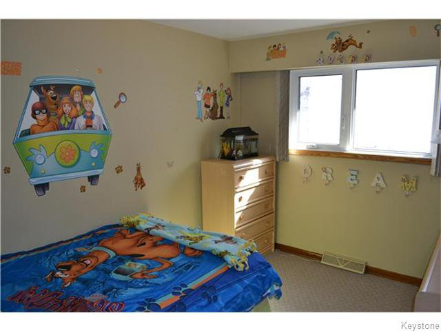 Photo 10: Photos: 585 Hartford Avenue in Winnipeg: West Kildonan / Garden City Residential for sale (North West Winnipeg)  : MLS®# 1606444
