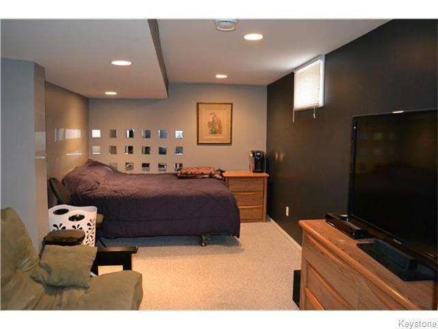 Photo 13: Photos: 585 Hartford Avenue in Winnipeg: West Kildonan / Garden City Residential for sale (North West Winnipeg)  : MLS®# 1606444