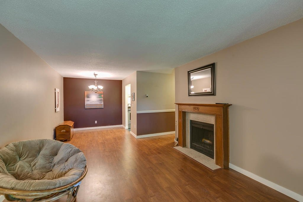 """Photo 6: Photos: 1424 34909 OLD YALE Road in Abbotsford: Abbotsford East Condo for sale in """"THE GARDENS"""" : MLS®# R2109176"""