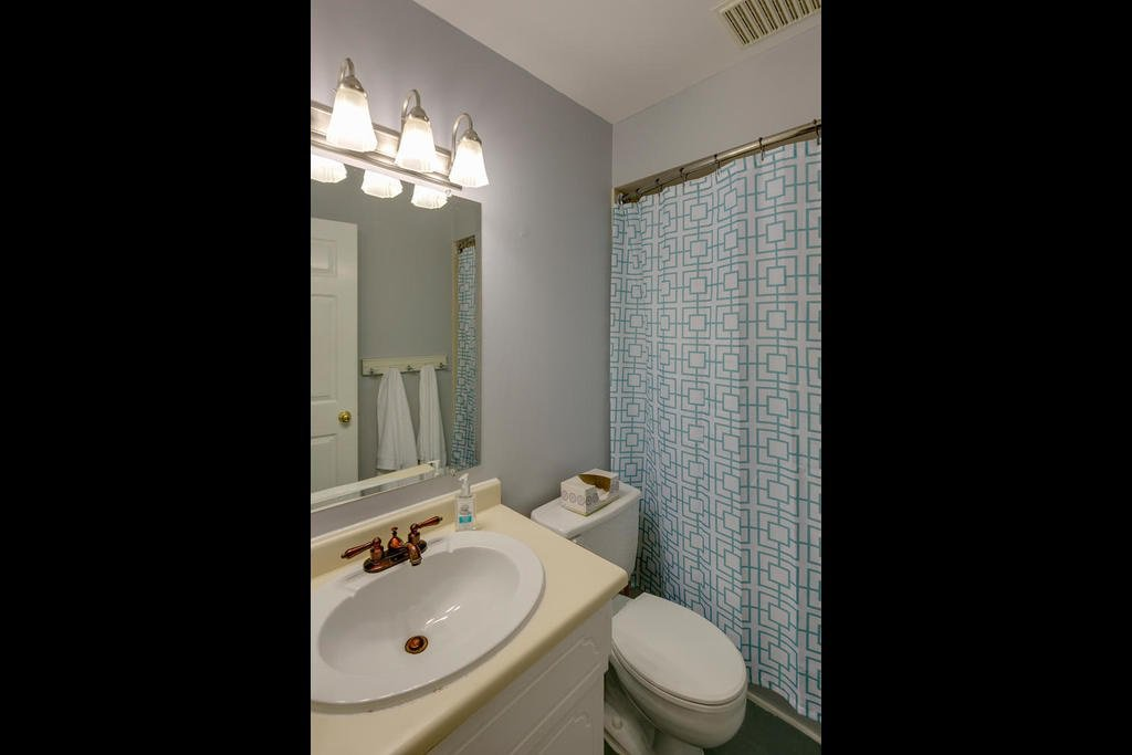 """Photo 11: Photos: 1424 34909 OLD YALE Road in Abbotsford: Abbotsford East Condo for sale in """"THE GARDENS"""" : MLS®# R2109176"""